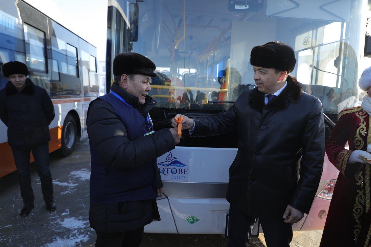вручение-автобусов-3
