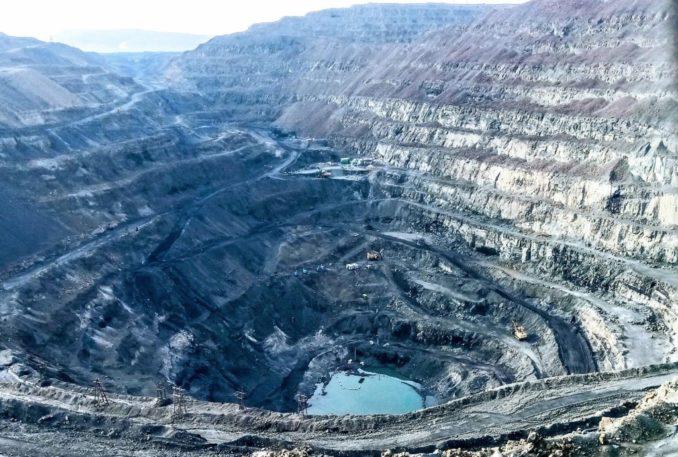 strukturnoe-podrazdelenie-nornikelya-planiruet-formirovat-vskryshku-zalezhej-rudy-s-vysokim-soderzhaniem-platiny-rudnik-zapolyar-678x457
