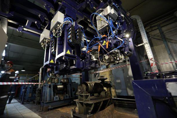 sustanovka-suhogo-ultrazvukovogo-kontrolya-25-metrovyh-relsov